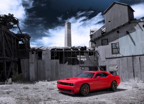 Dodge-Challenger_SRT_Hellcat_2015.6