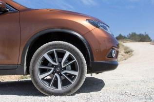 Nissan-X-Trail-2014--08