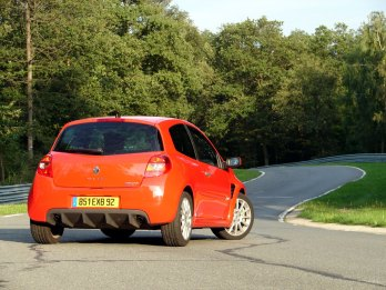 RENAULT-clio-3-rs-2672
