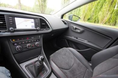 Seat-Leon-ST-FR-TDI-184_28