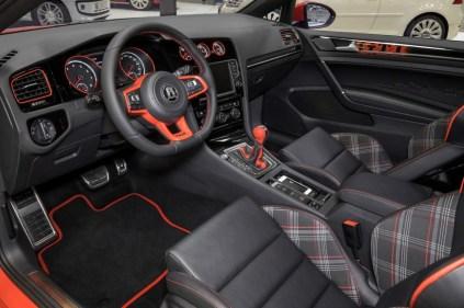 VW-Golf-40-5