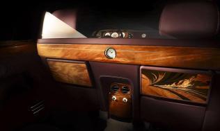 passenger-rear-rolls-royce-pinnacle-travel-phantom-beijing-china-motor-show