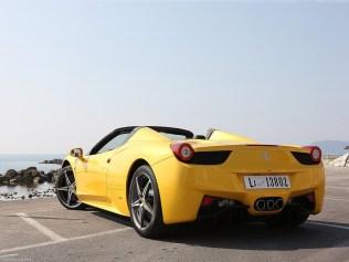 Ferrari-458_Spider_2013_1600x1200_wallpaper_58