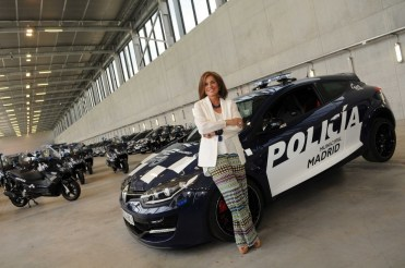 la Police espagnole roule en Renault