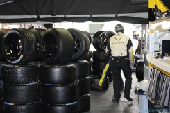 stands-corvette-racing-24HLM-03