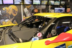 stands-corvette-racing-24HLM-30