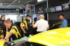 stands-corvette-racing-24HLM-52