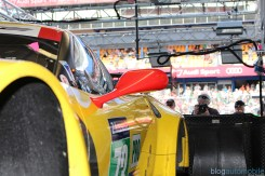 stands-corvette-racing-24HLM-61