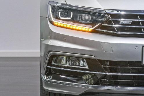 VW Passat 2015.6.1
