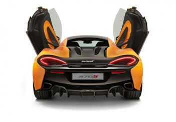 980723_01_McLaren 570S_NYlaunch