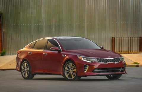 S7-Salon-de-New-York-la-nouvelle-Kia-Optima-totalement-devoilee-349970