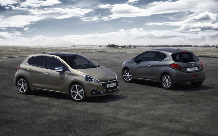 Peugeot-208-restylee-peinture-Ice-Grey-Ice-Silver