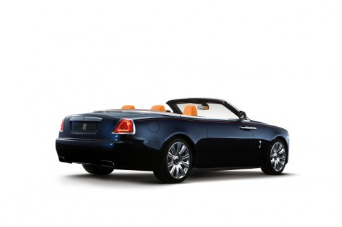 003-2016-rolls-royce-dawn-1