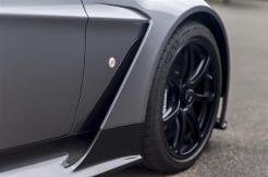 Aston-Martin-Vantage-GT12-Roadster-16-03-800