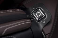 Aston-Martin-Vantage-GT12-Roadster-16-i07-800