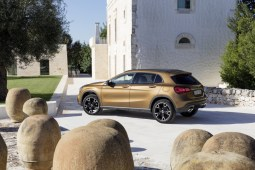 Mercedes-Benz GLA 2017 - 28