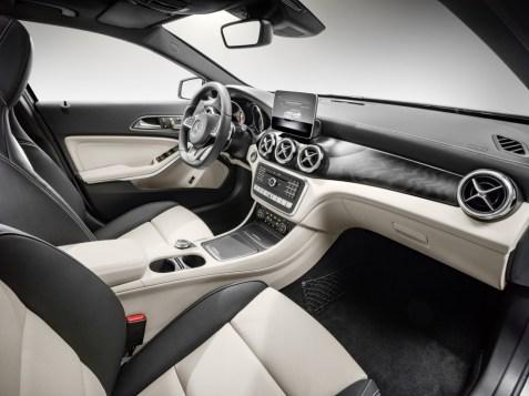 Mercedes-Benz GLA 2017 - 39