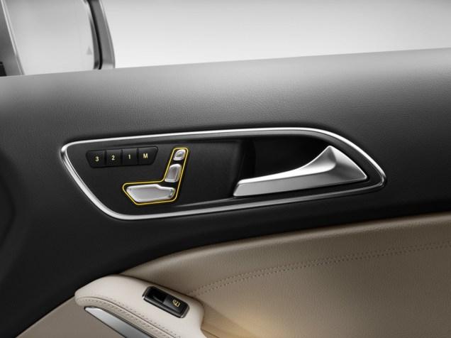 Mercedes-Benz GLA 2017 - 45
