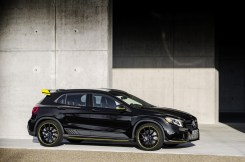 Mercedes-Benz GLA45 4Matic Yellow Night Edition 2017 - 3