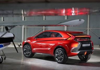 Concept XR-PHEV II - Mitsubishi Eclipse SUV 2017