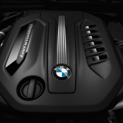 BMW-M550d-12