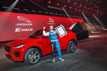 Nouveau SUV E-PACE Jaguar 2017 - Record