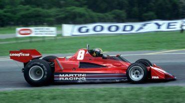 Au Grand Prix d'Argentine 1977, Brabham signe le premier podium d'Alfa Romeo en 26 ans. (Crédits : Sutton Motorsport Images)