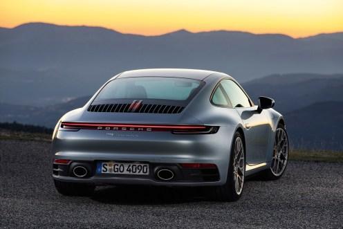 Porsche 911 (992) - 06