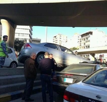 weird car accident in