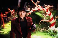"""""""Charlie e a Fábrica dos Chocolates"""" é outro dos seus sucessos. Com um chapéu em forma de mágico, luvas escuras e ainda uma bengala, são acessórios muito completos."""