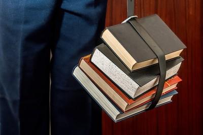 ブログアフィリエイトで良質の記事を書くために本を読む