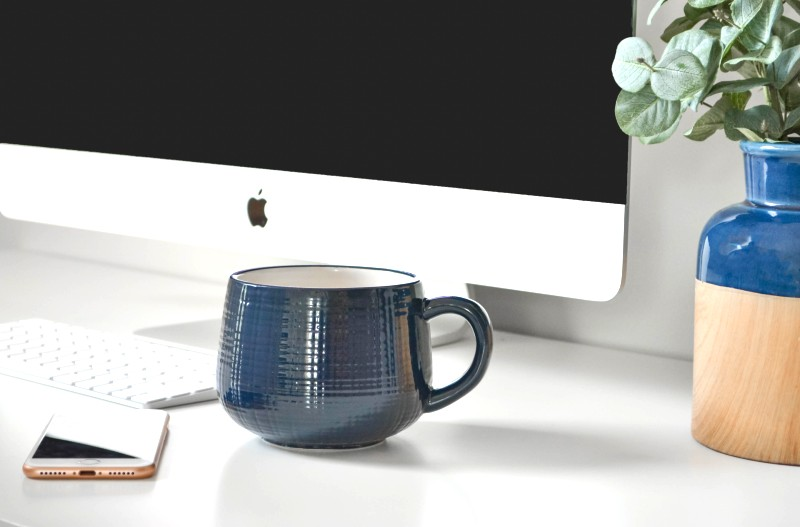 imac with cup & phone