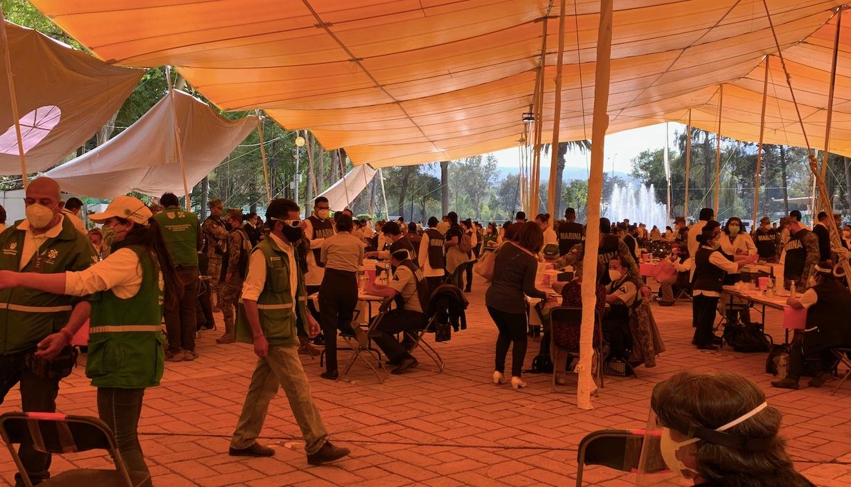 © 2021 Derechos Reservados Foto de Silvia Meave Avila - Vacunas Covid19 Deportivo Xochimilco