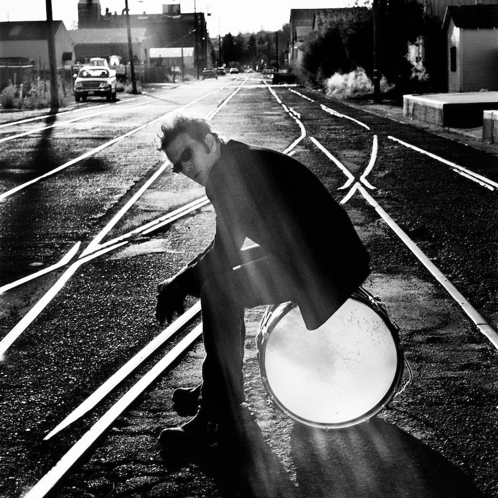 Tom Waits, Santa Rosa 2004 Copyright Anton Corbijn (01)