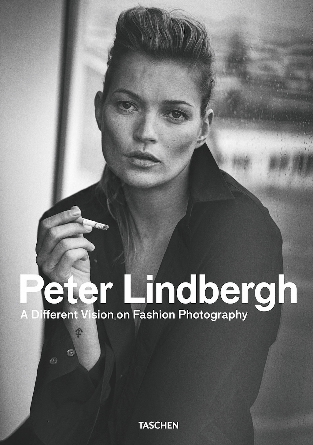 frontcover_fo_lindberg_contemp_fashion_05793_V4.indd