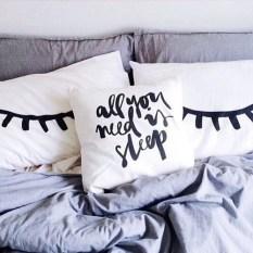 black-eyes-indie-pillows-Favim.com-3506283