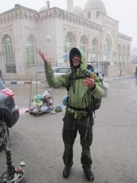 Schneeballschlacht und Jonglieren in Ramalah