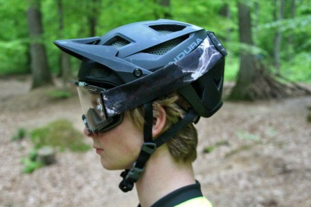 Helm mit Goggle