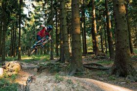 Anton testet den Proframe im Bikepark Großer Feldberg