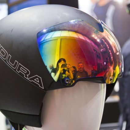 Endura Drag2Zero Helm mit Koroyd