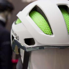 Endura Pro SL Helm mit Koroyd