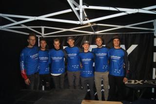 Das Team in Winterberg am HIBIKE Stand