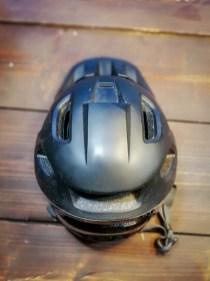 Die Linien des SingleTrack II verlaufen stromlinienförmig wie bei einem Road-Helm.
