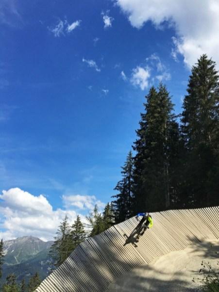 Wallride - Strada del Sole im Bikepark Serfau