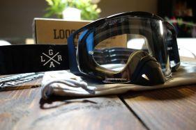Das Frameless-Design der gibt der Goggler einen sehr modernen Look.