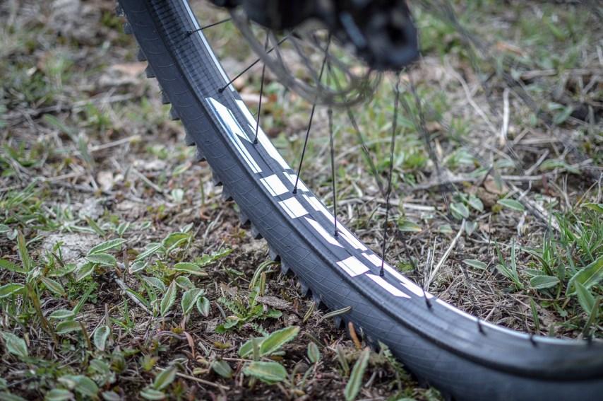 Die neuen Zipp Laufräder in ihrem natürlich Habitat.