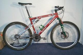 Dagger FS Bike mit CBR, Marzocchi DH3, Answer Rocker, Ur-Formula, Precission Billet, Salsa, 95er XTR, MAG 215 Hinterradnabe, Gewicht ca. 11kg