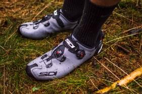 Dank Stollensohle findet der Schuh auch im Gelände Grip.