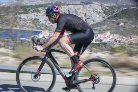 E-Bikes sind schwer? Dieser Mythos wird vom Wilier Cento1Hybrid definitiv widerlegt!