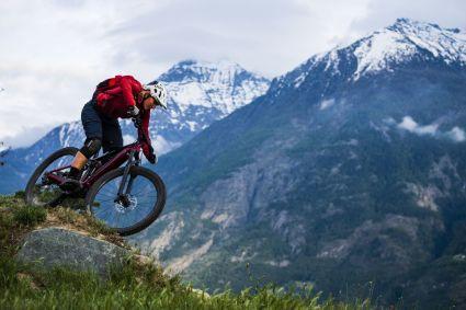 Unterstützt von dem Bosch Performance Line CX, ist das Trek Rail gemacht für alpine Abenteuer